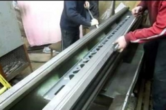 Шабрение направляющих станины токарного станка