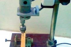 Станок на основе фотоувеличителя и двигателя шуруповерта