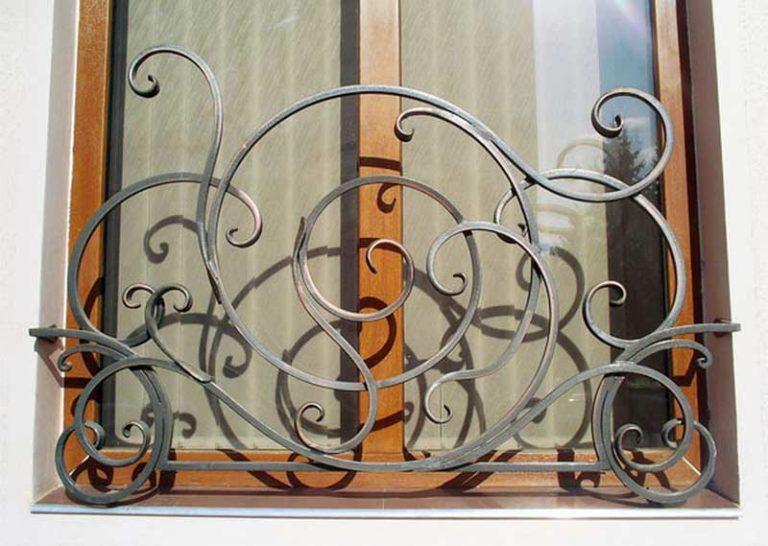 металлические кованые решетки