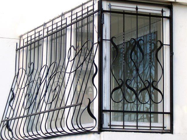 Оконная решетка для многоквартирного дома
