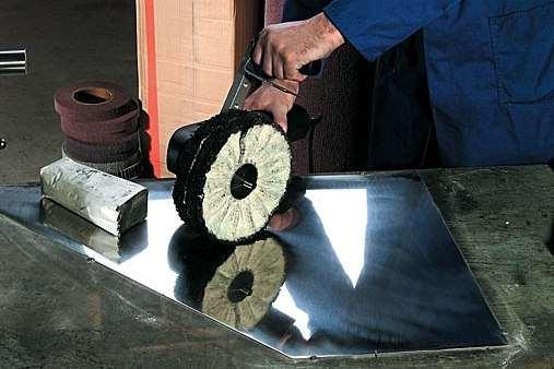 Полировка нержавейки войлочным полировочным диском