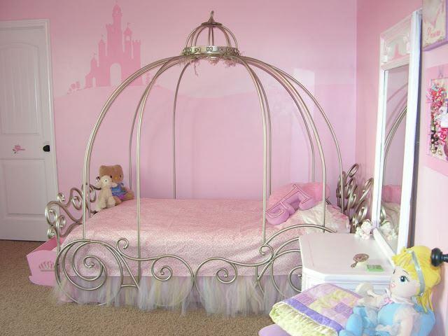 Детская кованая кровать для девочки