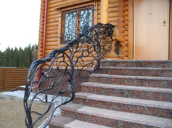 Кованые витые перила для лестницы