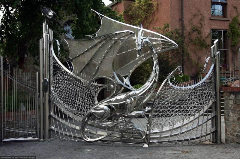 Эксклюзивные ворота кованые в стиле модерн