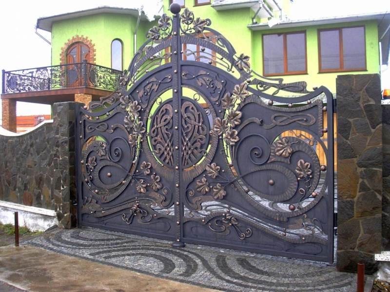 Лучшие ворота с изящным кованым узором