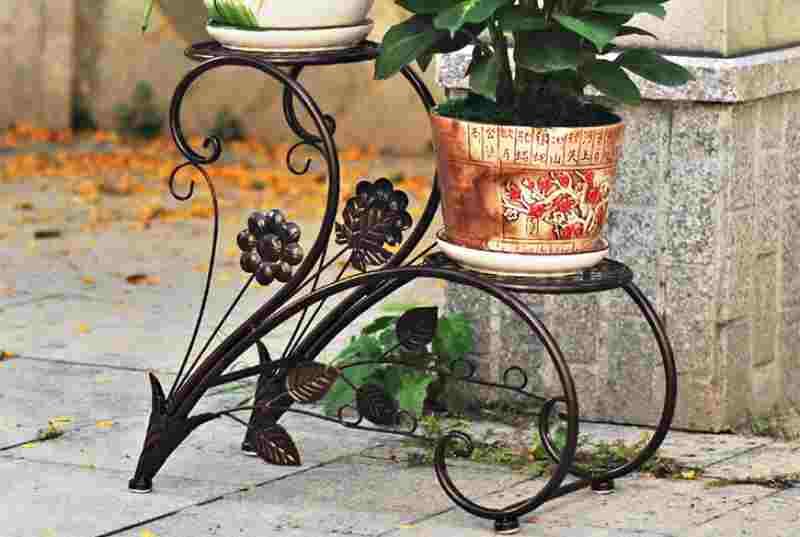 Универсальные кованые изделия для сада и цветов