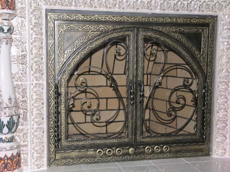 Каминные двери кованые в стиле лофт
