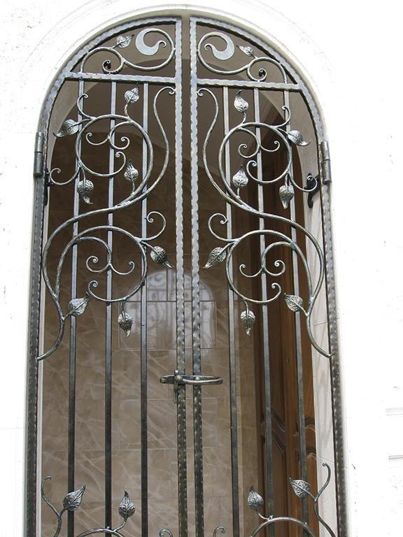 Кованые арочные двери