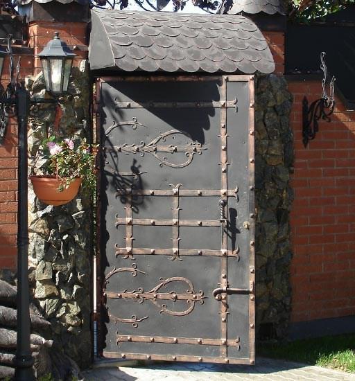Кованые петли для дверей под старину