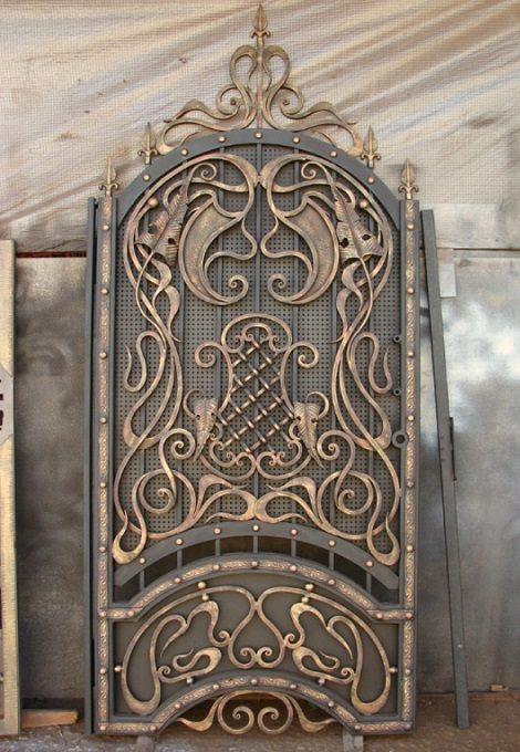 Изысканные кованые стальные двери