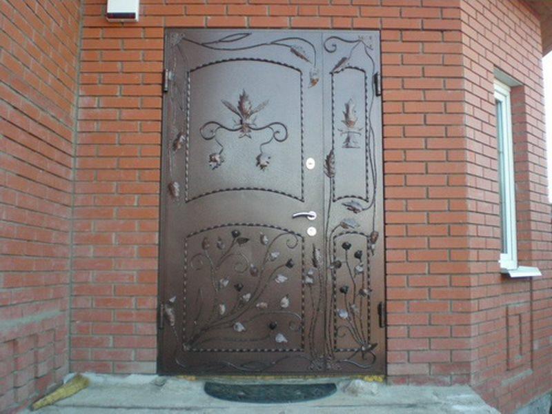 Дверь входная железная кованая для дома