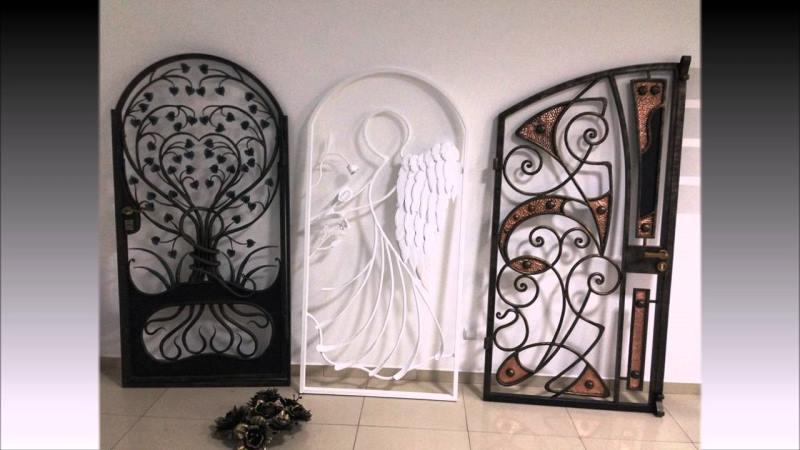 Эксклюзивные кованые входные двери арочного типа