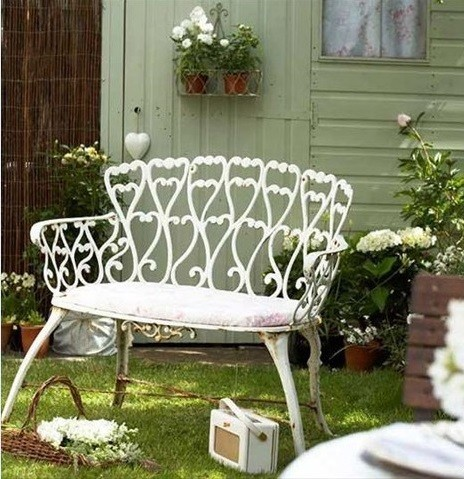 Кованая скамейка прованс для уютных вечеров