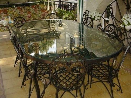 Кованые ручные изделия столов и стульев