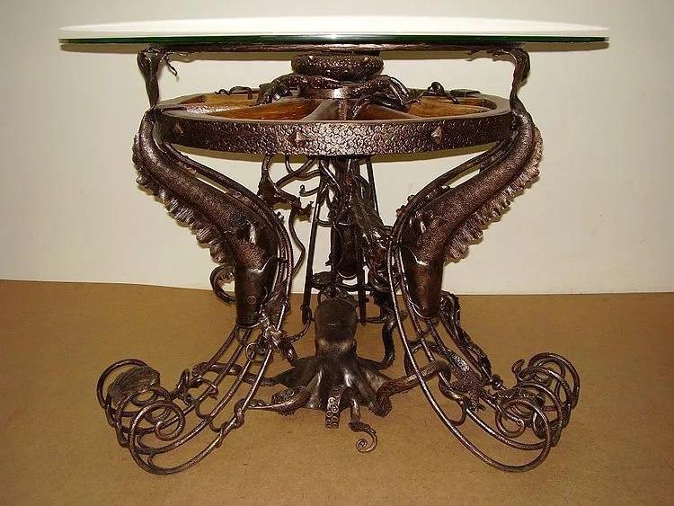 Эксклюзивный кованый журнальный стол
