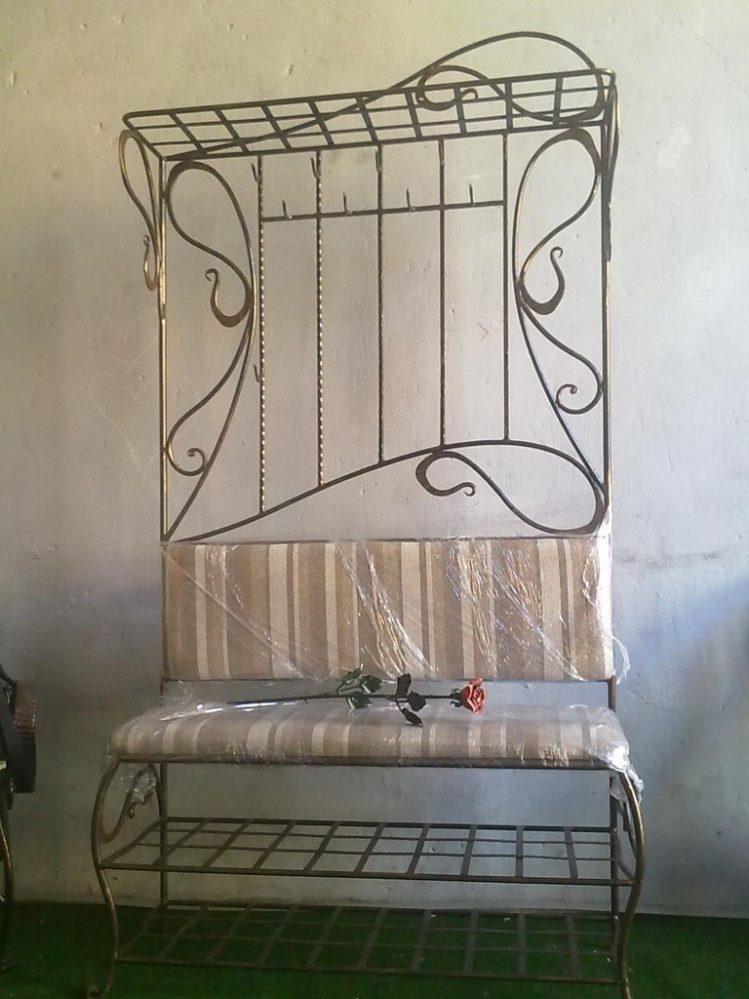 Кованая мебель в прихожую вешалка и банкетка