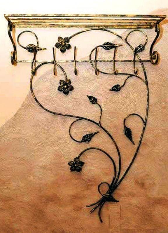 Настенная вешалка металлическая кованая