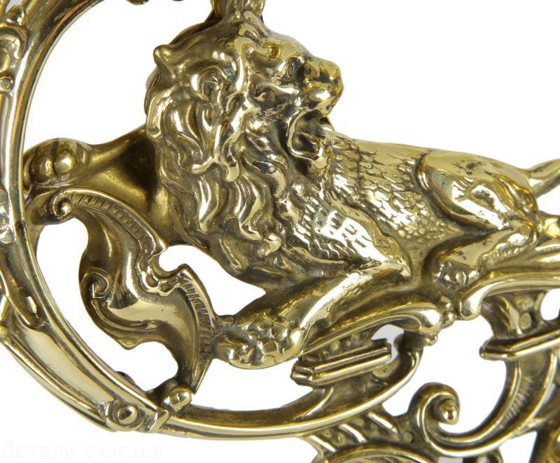 Декоративный элемент из латуни