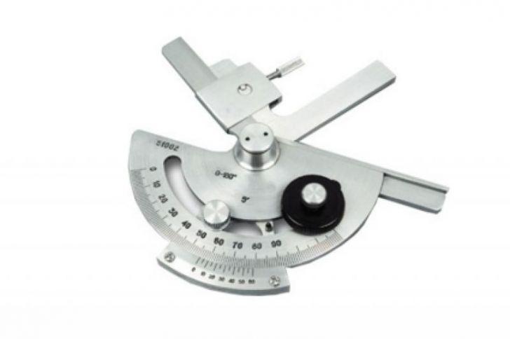 Угломерный инструмент с нониусом
