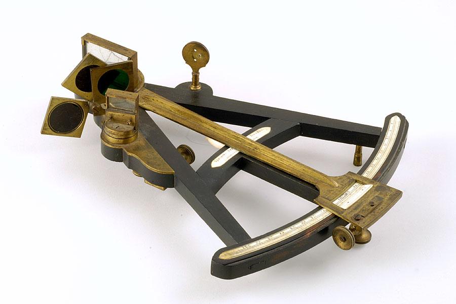 Угломерный инструмент октант