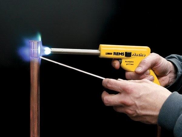 Что можно сделать газовой горелкой