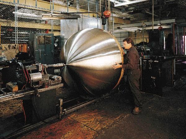 Процесс ротационной вытяжки металла