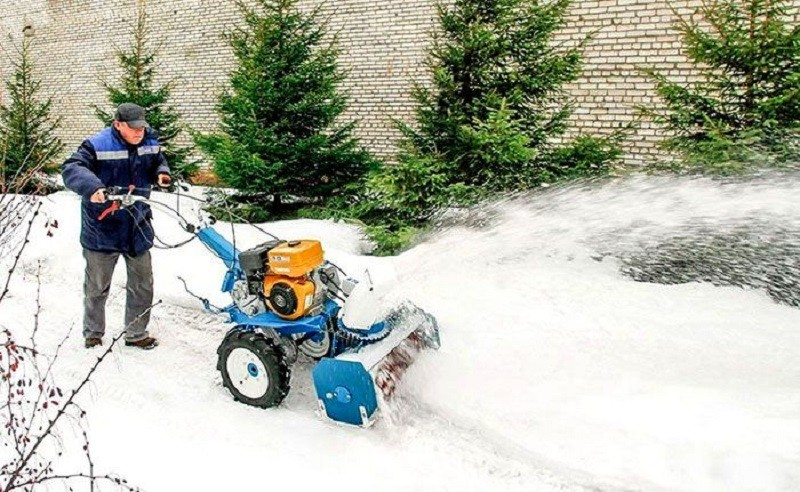 Снегоуборщик своими руками из мотоблока