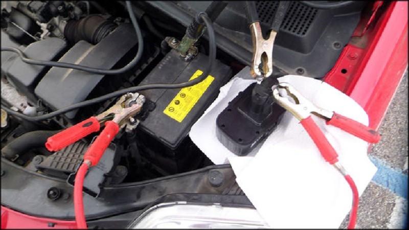 Подключение к автомобильному аккумулятору