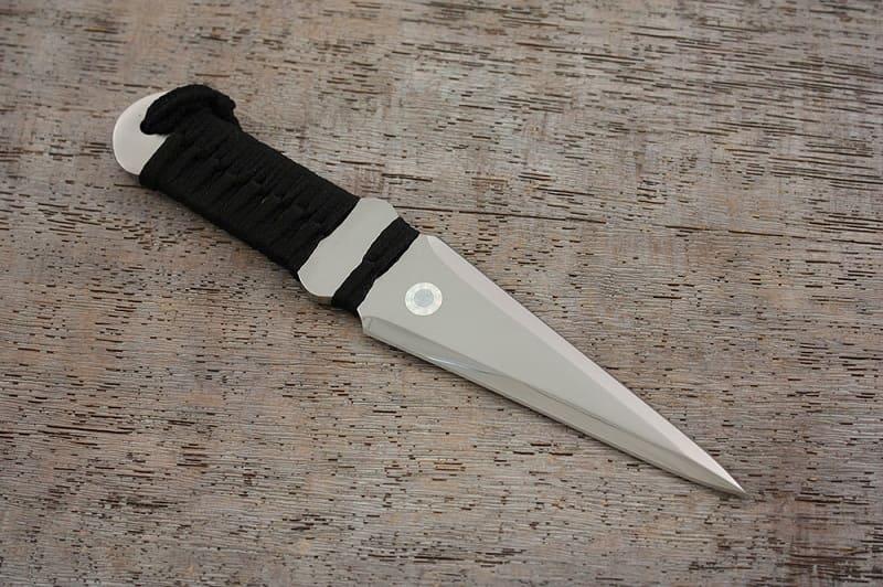 Метательный нож «Овод»