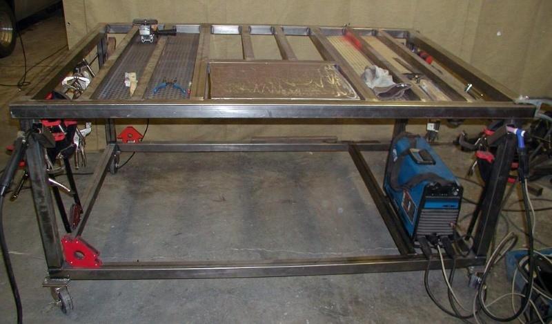 Пример передвижного стола