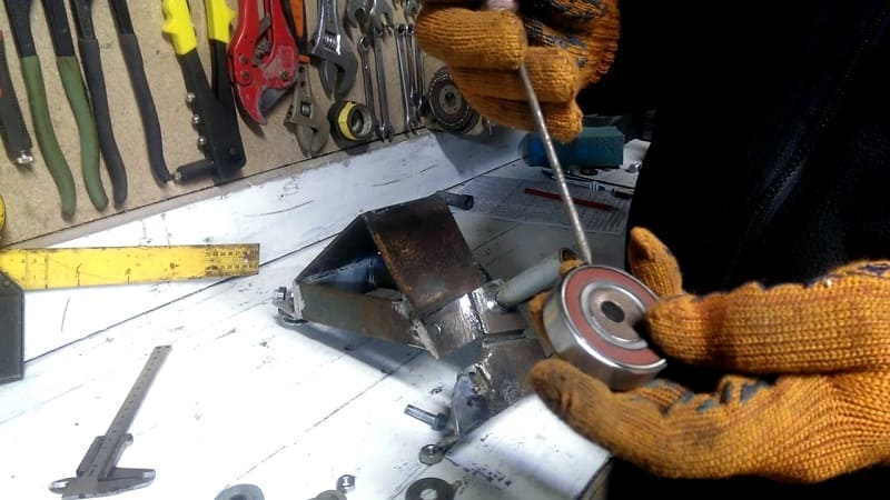 Изготовление роликового ножа по металлу своими руками