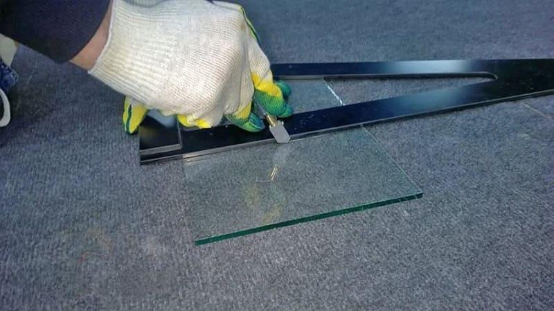 Применение масляного стеклореза