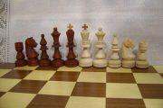 Шахматы, изготовленные на токарном тсанке