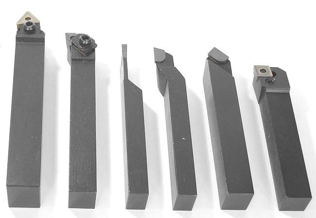 Инструмент с механическим креплением режущих пластин