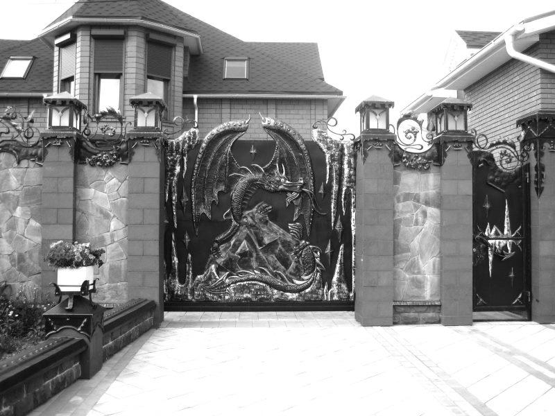 Кованые калитки (45 фото) распашные встроенные, арочные