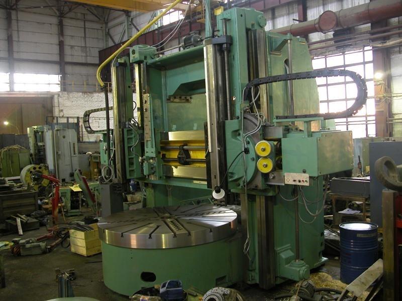 Токарно-карусельный станок на производстве