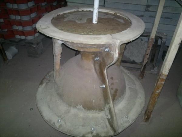 Разборная форма для литья из бетона вазона