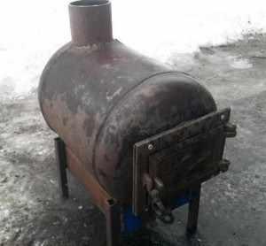 Горизонтальная печь из газового баллона