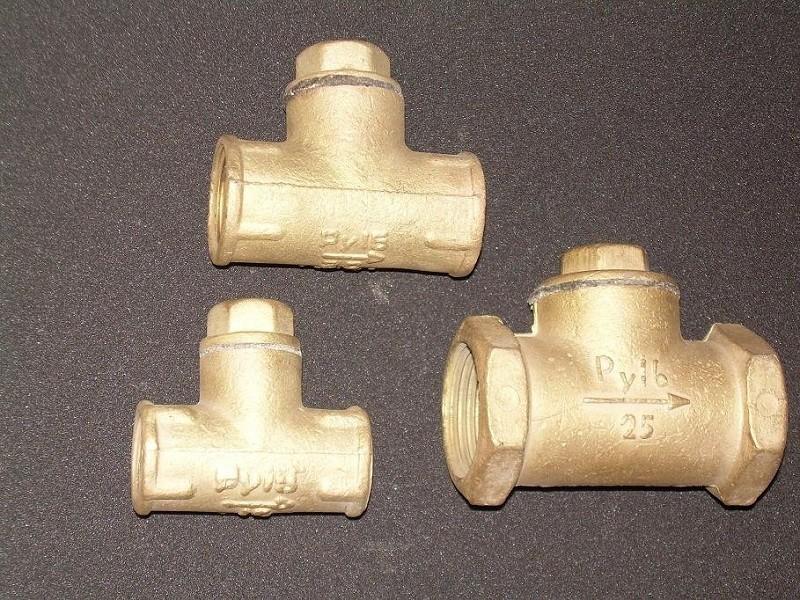 Муфтовый обратный клапан фото