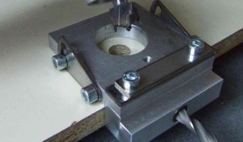 Кондуктор для сверления отверстий универсальный