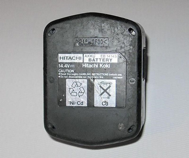 Никель-кадмиевый аккумулятор для шуруповерта