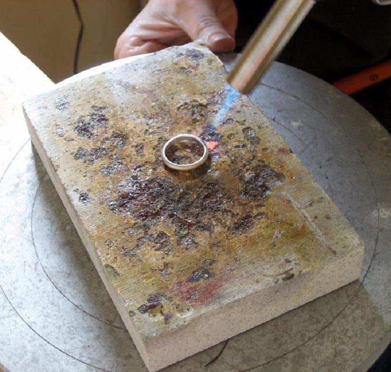 Пайка серебра в домашних условиях при помощи олова
