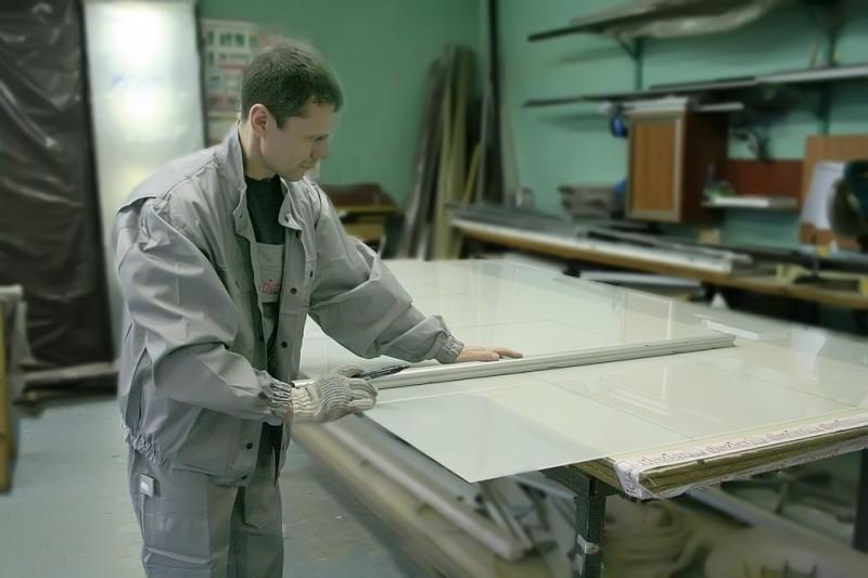 Процесс разметки стекла