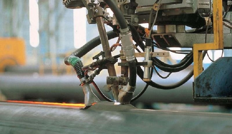 Автомат, сваривающий под флюсом