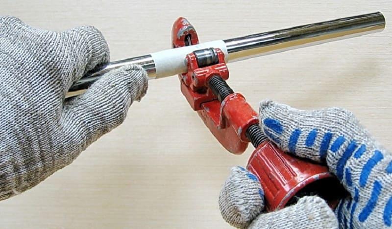Как отрезать тонкостенную трубу
