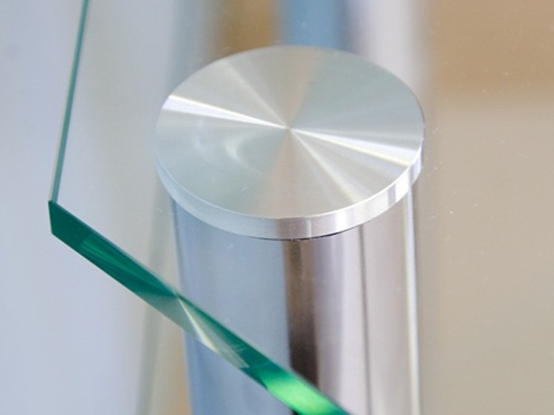 Как приклеить металл к стеклу
