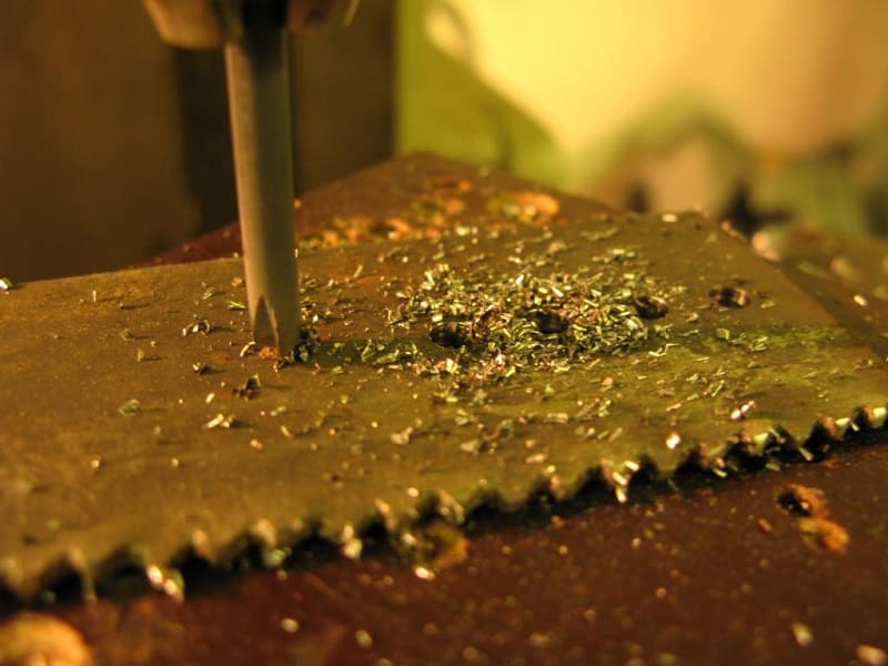 Как просверлить каленое железо