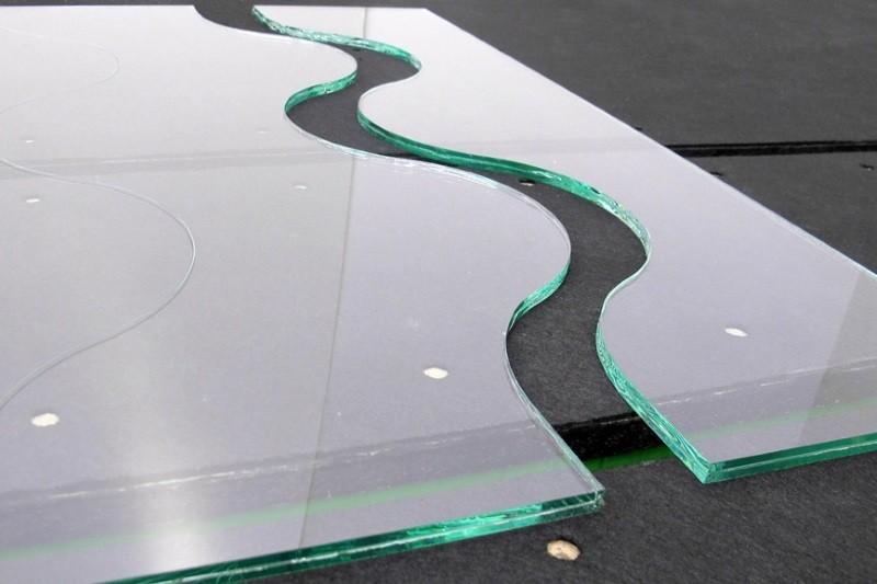 Резка каленого стекла
