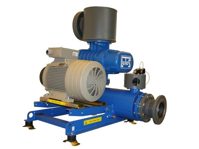 Роторный компрессор с кулачковыми роторами