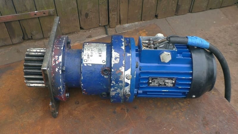 Соединение волнового редуктора с двигателем